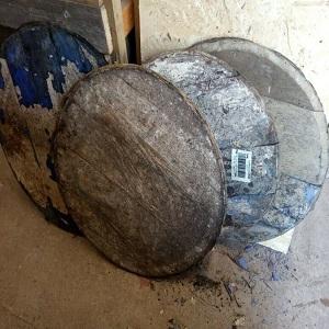 Whisky barrel lids